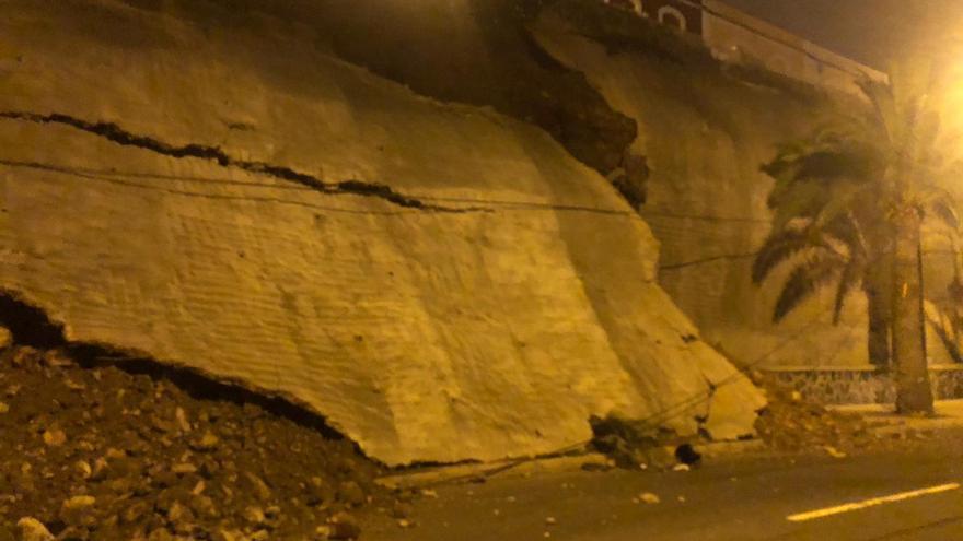 Derrumbe en el Paseo de Chil. Foto: Policía Local de Las Palmas de Gran Canaria.