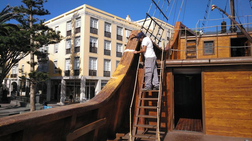 Tareas para la puesta a punto del Barco de la Virgen para  las fiestas lustrales de 2020.