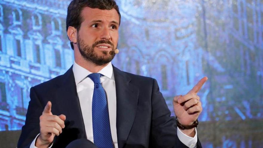 """Casado critica la """"división"""" que busca el PSOE con la exhumación de Franco"""