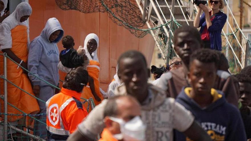 Rescatados 2.150 inmigrantes en el Mediterráneo al sur de Italia
