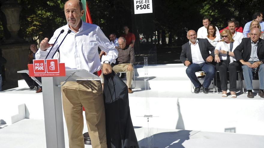 """Rubalcaba avisa al PP de que ha perdido la mayoría social por """"incompetencia"""""""