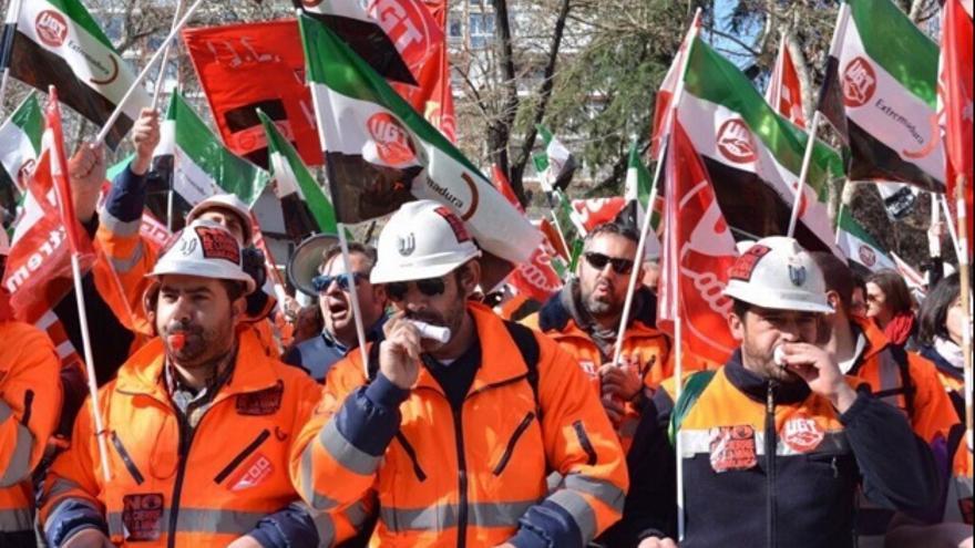 Protesta minera para contra el cierre de la mina / Twitter @FJavierLopezM