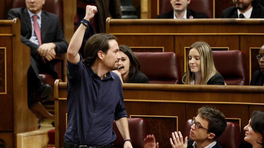 El secretario general de Podemos, Pablo Iglesias, tras prometer su cargo como diputado.
