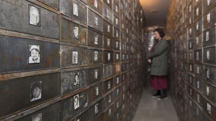 Instalación 'Réserve de suisses morts', de Christian Boltanski, en la DPH.