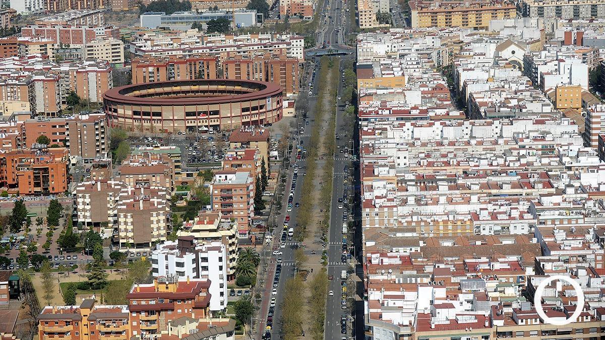 Vista aérea de la avenida Gran Vía Parque en Córdoba.