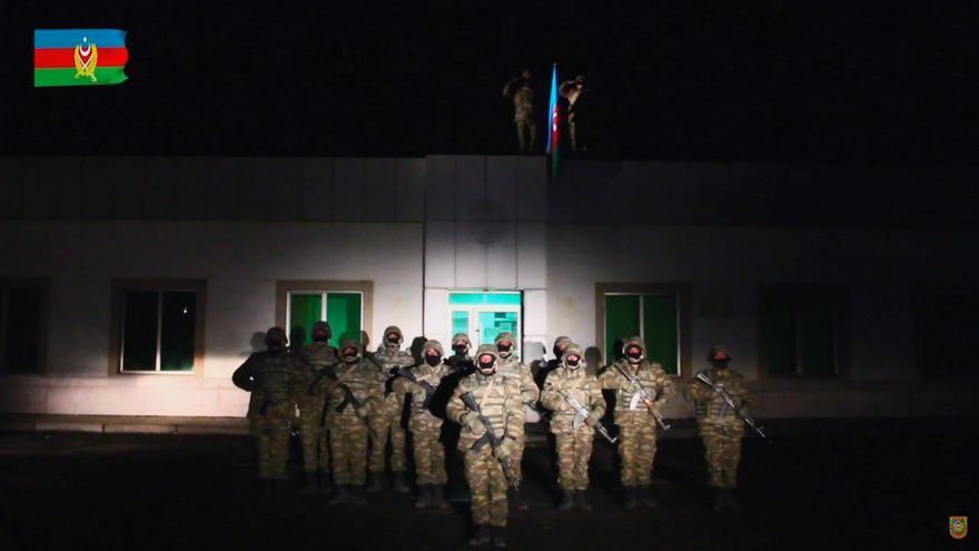 El Ejército de Azerbaiyán entra en el distrito de Lachín