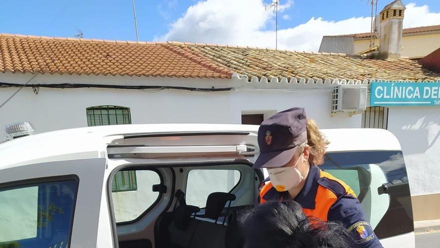 Más de 2.000 voluntarios de Protección Civil ayudan en Andalucía a los servicios de emergencias
