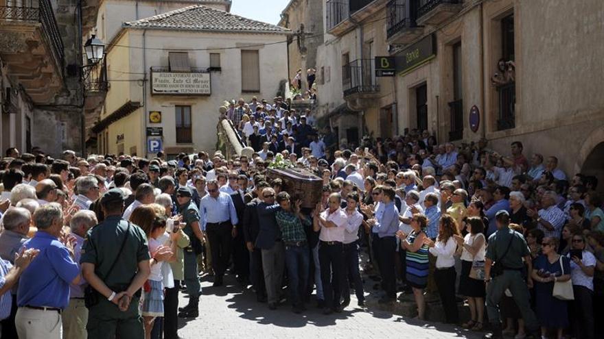 Animalistas rechazan los comentarios contra Víctor Barrio y la violencia en redes