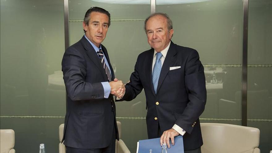 CESCE y CaixaBank acuerdan impulsar la financiación del crédito comercial