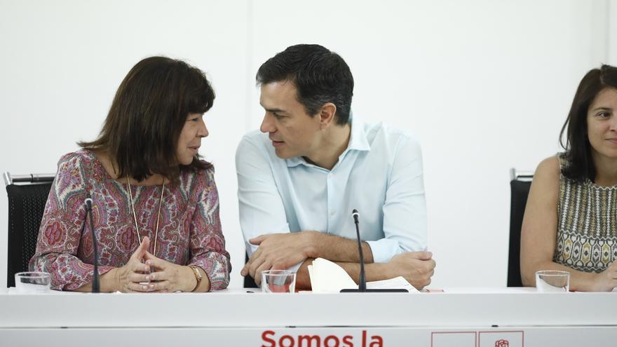"""Narbona responde a Iglesias que el """"cauce"""" para debatir sobre Cataluña es su Comisión Parlamentaria y no su Asamblea"""