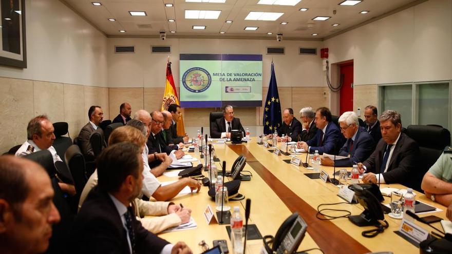 Jorge Aldekoa, en primer plano, en la reunión celebrada en Madrid