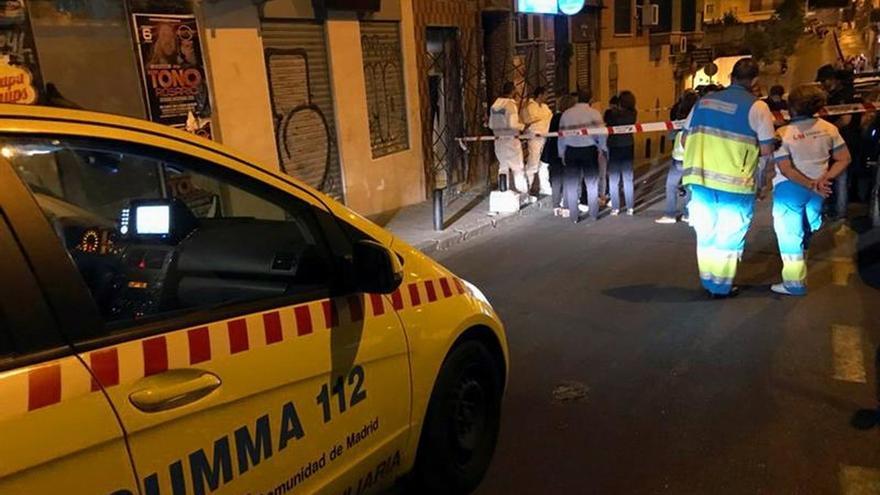 Una mujer de 47 años ahorcada y con signos de violencia en vivienda de Madrid
