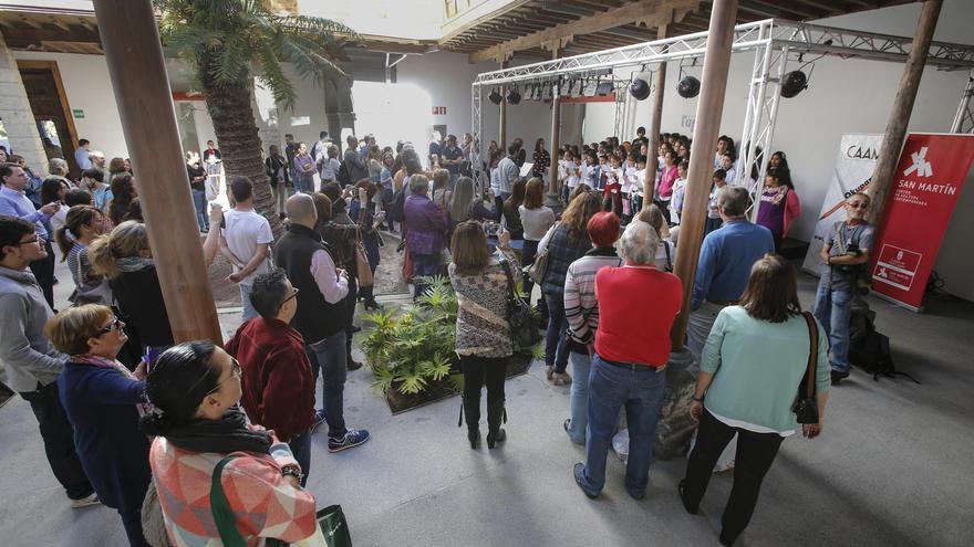 Tómbola solidaria 'TombolarizArte' que se celebró este miércoles en San Martín Centro de Cultura Contemporánea