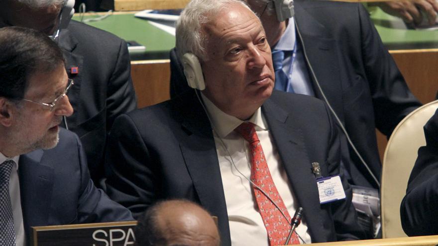 Margallo garantiza el apoyo de España al enviado de la ONU para el Sahara