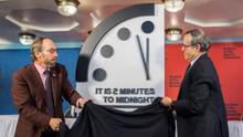 Amenaza nuclear, climática y 'fakes': dos minutos para el reloj del Apocalipsis