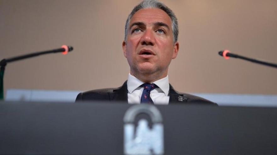 """Bendodo cree que la política andaluza """"pierde"""" tras la renuncia de Maíllo y lamenta que """"siempre se van los mejores"""""""
