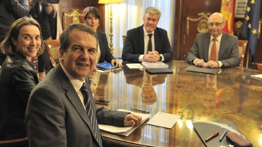 AV- Montoro plantea un Decreto Ley para que los ayuntamientos puedan reinvertir el déficit desde ahora hasta 2019