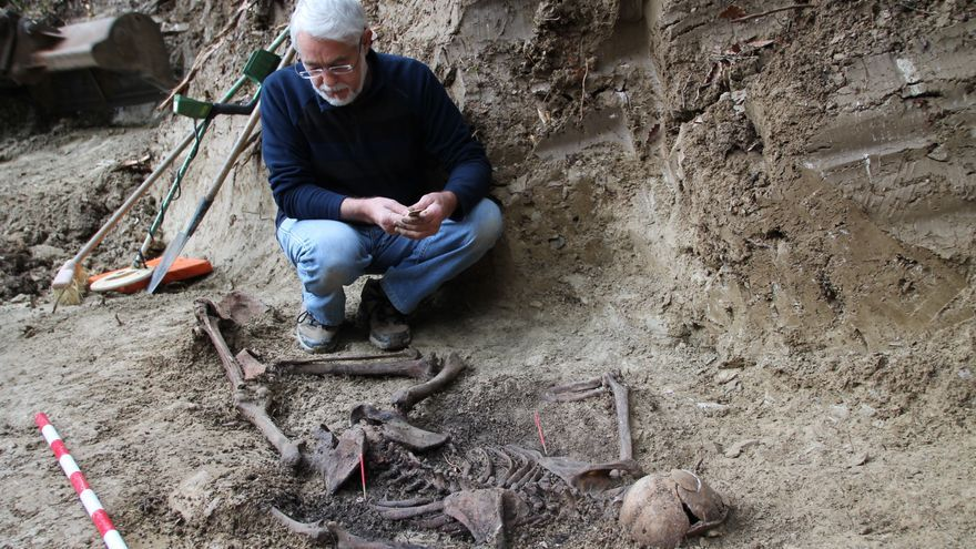 Un momento de la exhumación de en Egüés / Foto: Txinparta-Fuerte San Cristóbal. Red de Memoria Colectiva.