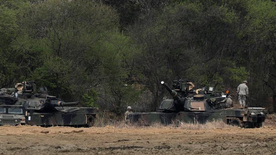 Los ejércitos de Seúl, Tokio y Washington insisten en presionar a Pyongyang
