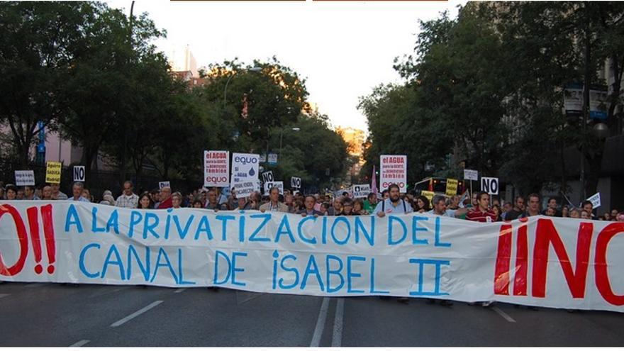 Manifestación en contra de la privatización del Canal de Isabel II./PCPCYII