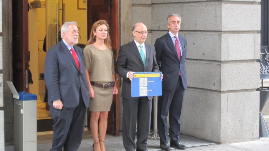 """El PP pide a la oposición """"un poco de imaginación"""" en sus enmiendas y que no arriesguen el objetivo de déficit"""