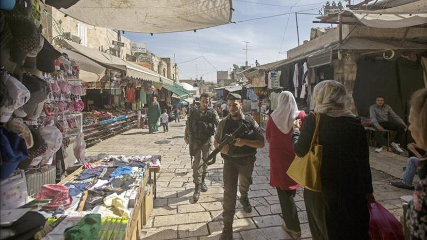Un palestino muerto tras apuñalar a un policía en la ciudad vieja de Jerusalén
