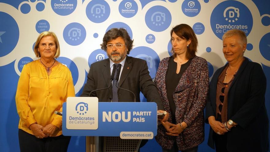 """Demòcrates pide a Puigdemont """"activar"""" la declaración de independencia como réplica a Rajoy"""