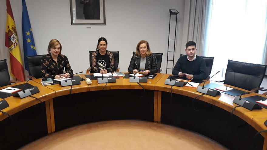 Reunión de la Mesa del Parlamento de Cantabria.
