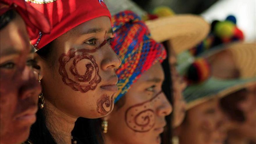 Indígenas bloquean la frontera con Venezuela por el cierre de las importaciones de gasóleo