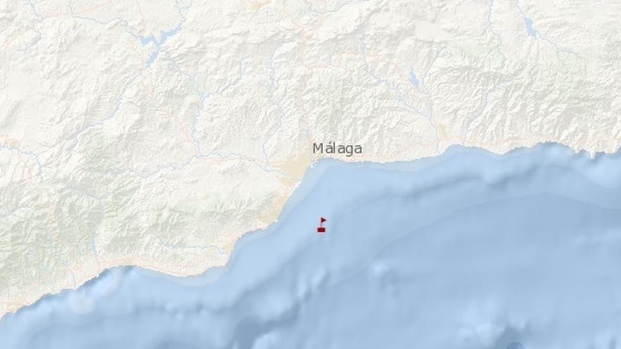 Hundido un barco pesquero a seis millas de la costa de Málaga