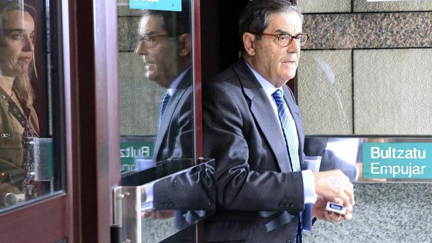 """Expresidente Kutxabank recurrirá condena de 6 meses para """"limpiar"""" su honor"""