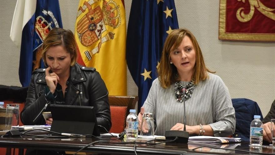 La consejera de Política Territorial, Sostenibilidad y Seguridad, Nieves Lady Barreto, durante su comparecencia.