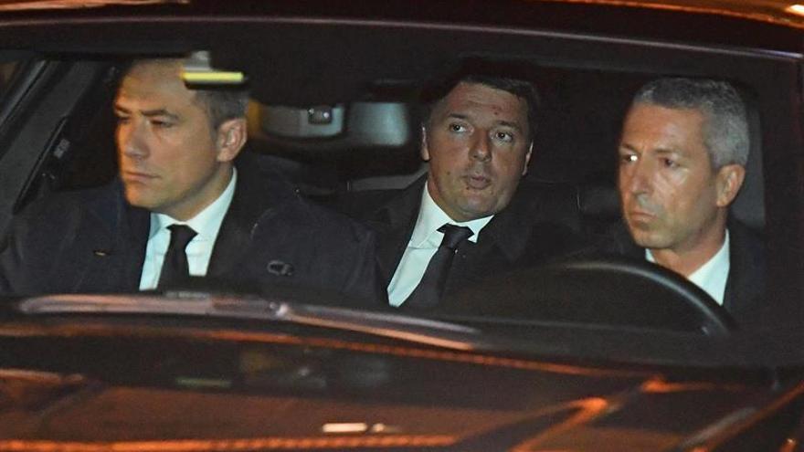 Renzi llega ante el jefe del Estado para presentar su dimisión