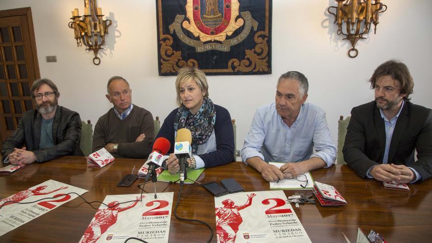 Las autoridades han presentado este viernes la programación festiva. | Alberto G. Ibáñez