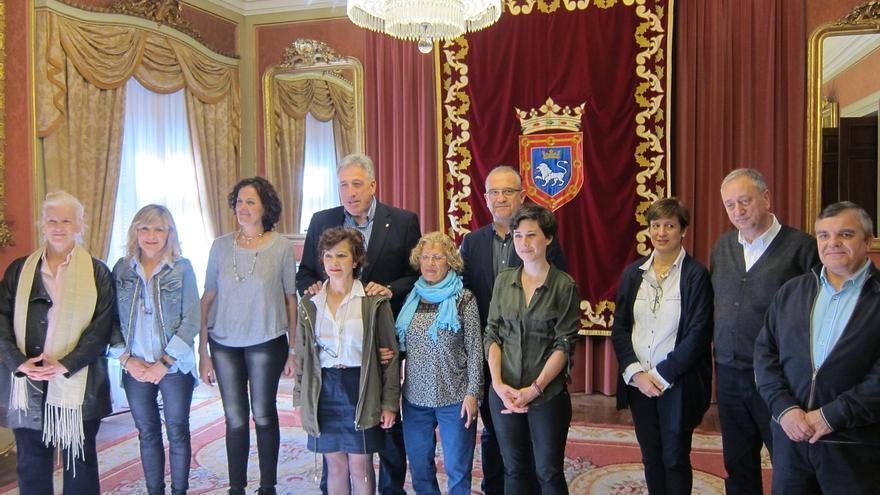 Pamplona elaborará de una guía sobre los derechos de las personas empleadas del hogar