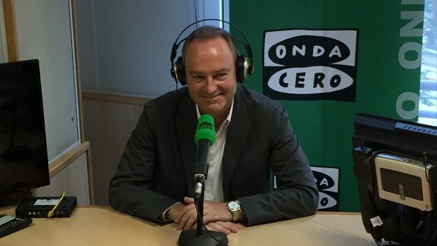 Alberto Fabra durante la entrevista en Onda Cero