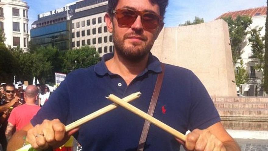 Mâxim Huerta, nuevo Ministro de Cultura, rompiendo una lanza contra el Toro de la Vega en una de las campañas antitaurinas promovidas por PACMA