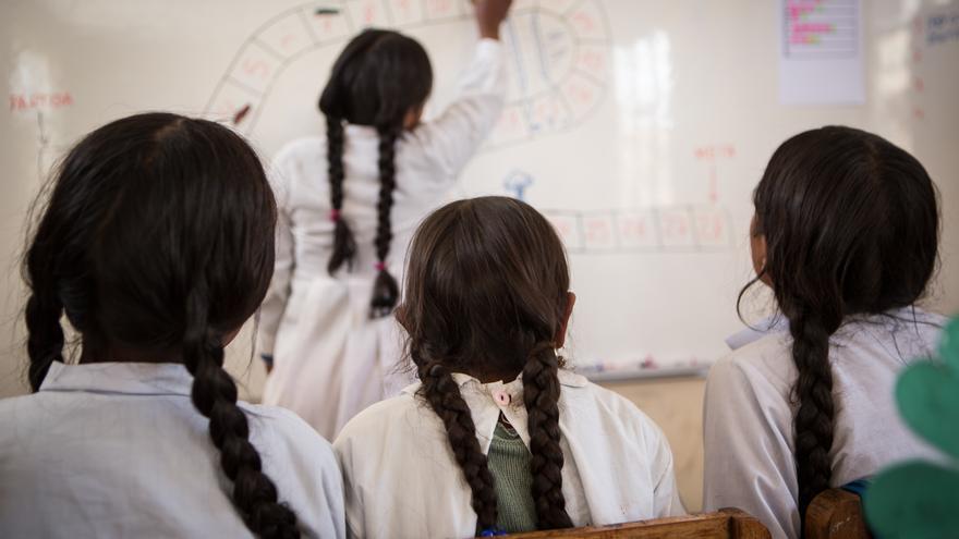 La UNESCO cifra en 63 millones las niñas de entre 6 y 15 años que no asisten a la escuela. Salva Campillo / AeA