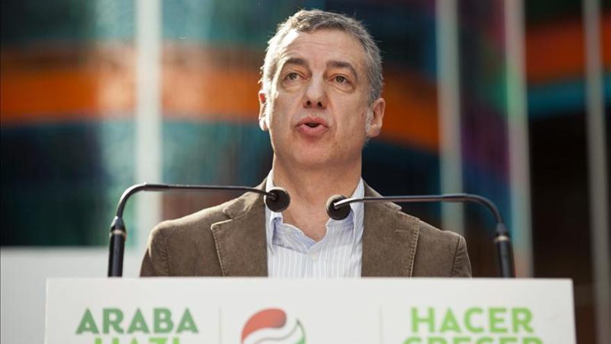 El lehendakari dice que Rajoy apoya el proceso de paz de Colombia pero no el de Euskadi