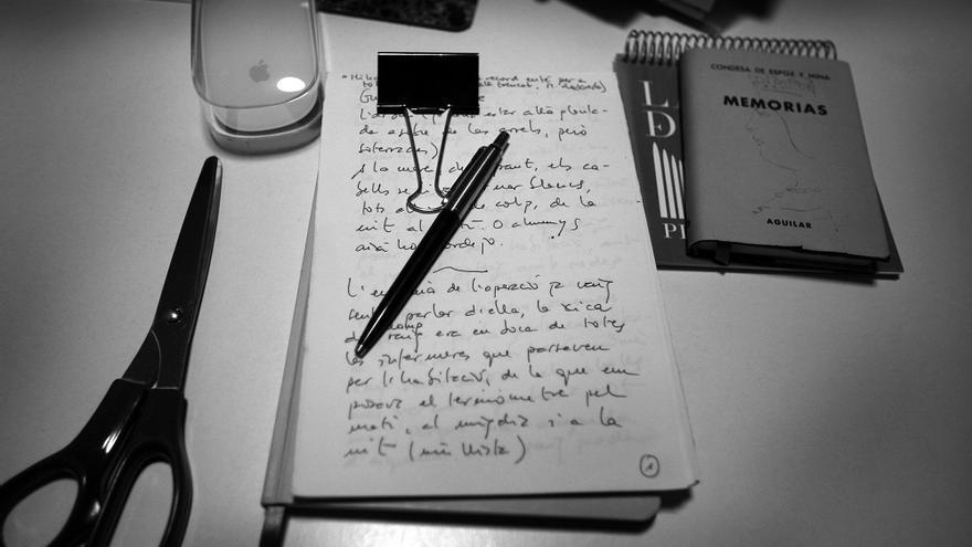 Una llibreta amb les notes de Raquel Ricart