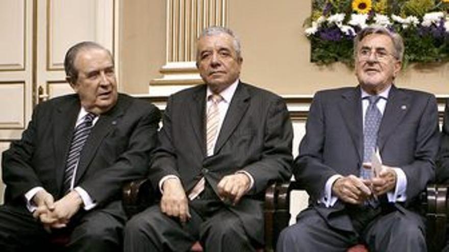 Jerónimo Saavedra, Lorenzo Olarte y Manuel Hermoso, en un foto de archivo.