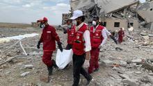 Un bombardeo de Arabia Saudí contra una prisión en Yemen deja más de 100 muertos