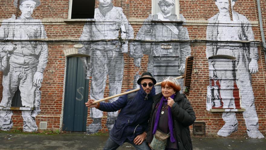 Agnès Varda y JR, directores de 'Caras y lugares'