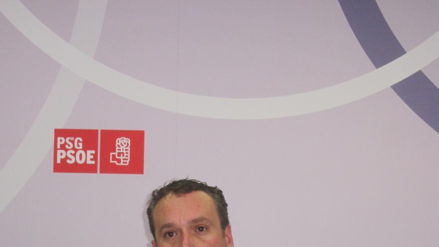 """El PSdeG acusa a Feijóo de """"reducir democracia de forma trilera"""" para """"garantizarse la mayoría absoluta"""""""