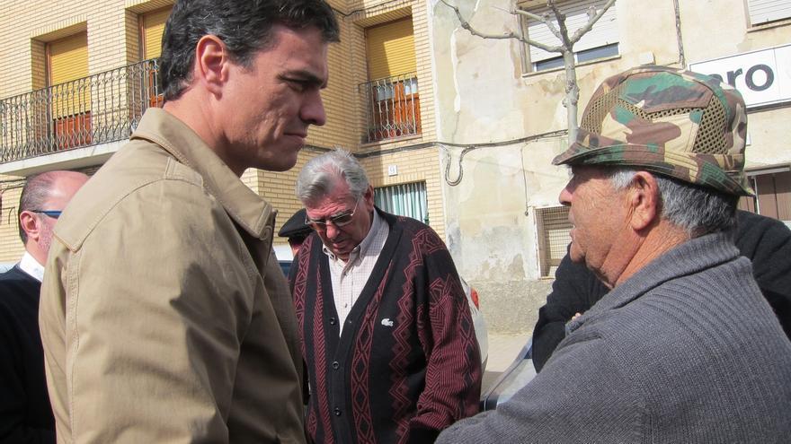 Sánchez insta a Rajoy a exigir la dimisión de González y a pedir una investigación a Interior