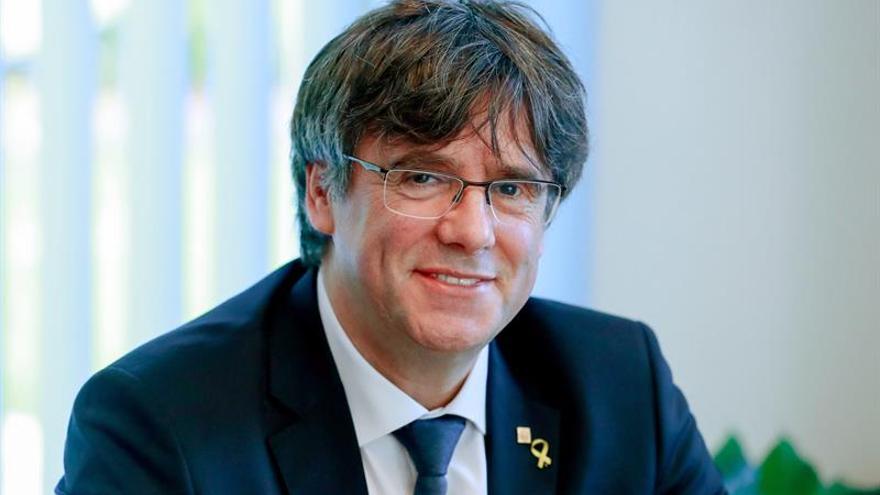 El Constitucional estudiará la suspensión de Puigdemont como diputado
