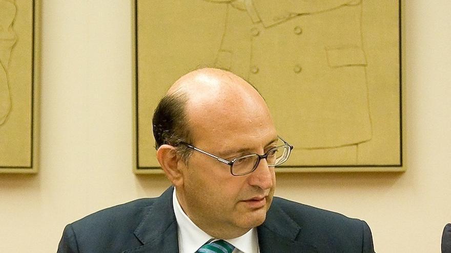 Los presidentes de las diputaciones de Alicante y Barcelona y los alcaldes de Zaragoza y Barcelona, los mejor pagados