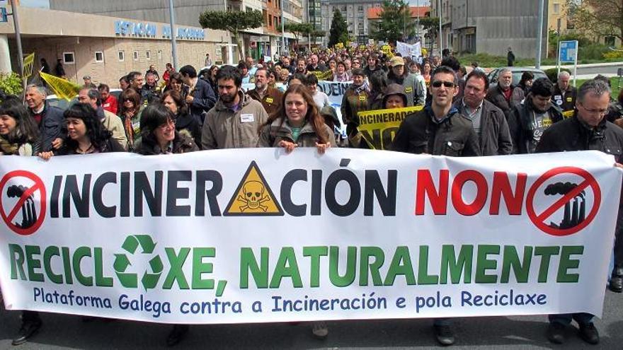 Manifestantes durante su marcha en Lalín (Pontevedra)