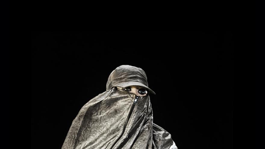 Harvey vende en su tienda 'online' estos burkas antidrones por 2.200 euros