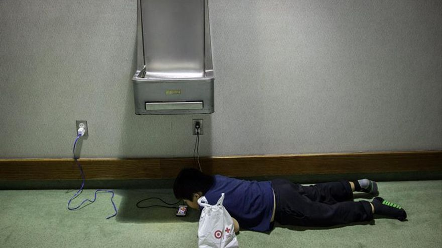 Las terapias por adicción al móvil crecen un 300 % al año, según un experto
